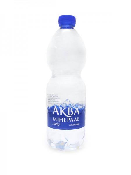 Вода питьевая Аква Минерале (сильногаз) 500мл с доставкой в Черноморске
